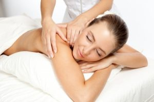 back neck and shoulder massage, sparx beauty salon in winchester, hampshire