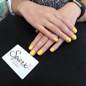 yellow-nail-trend-top-beauty-aesthetics-salon-winchester